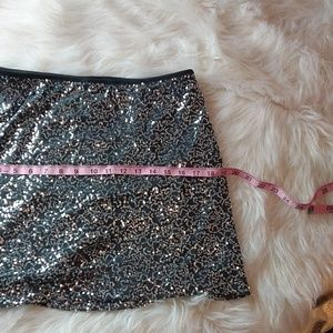 Wet Seal Skirts - XL sequins silver skirt new w.tag wet seal stretch